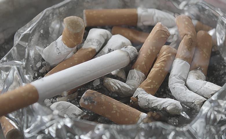 smoking stains